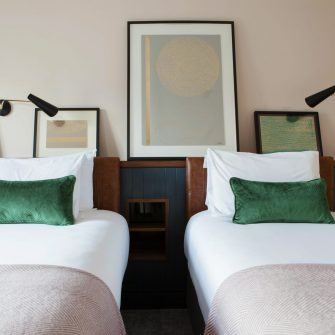 The Alex Hotel Dublin Twin Bedroom